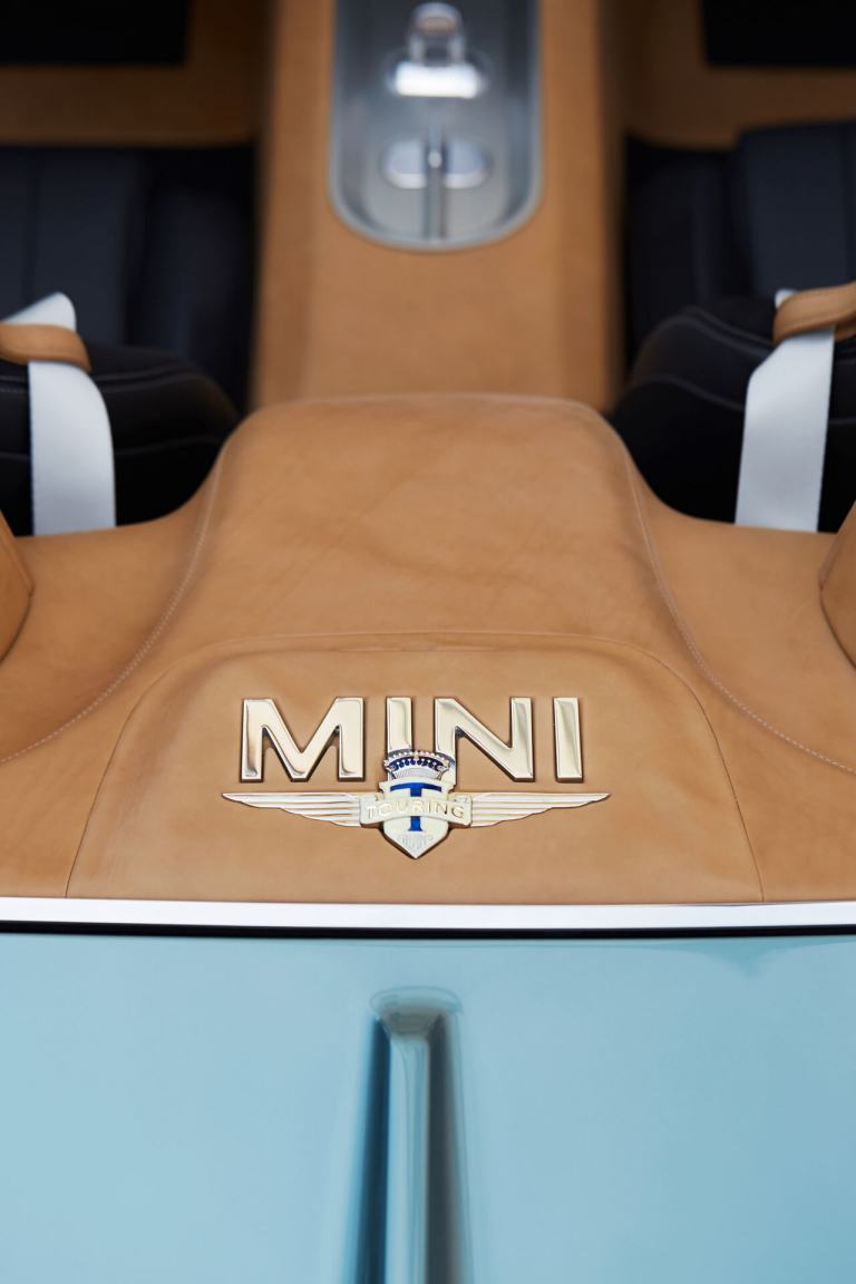 View of the MINI Superleggera from above with seats and MINI logo.
