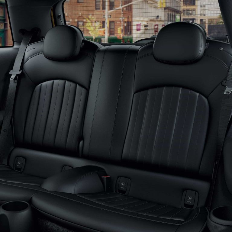 MINI 3-door hatch – interior
