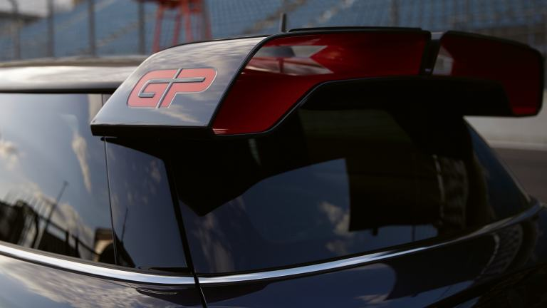 MINI John Cooper Works GP – roof spoiler – grey and red