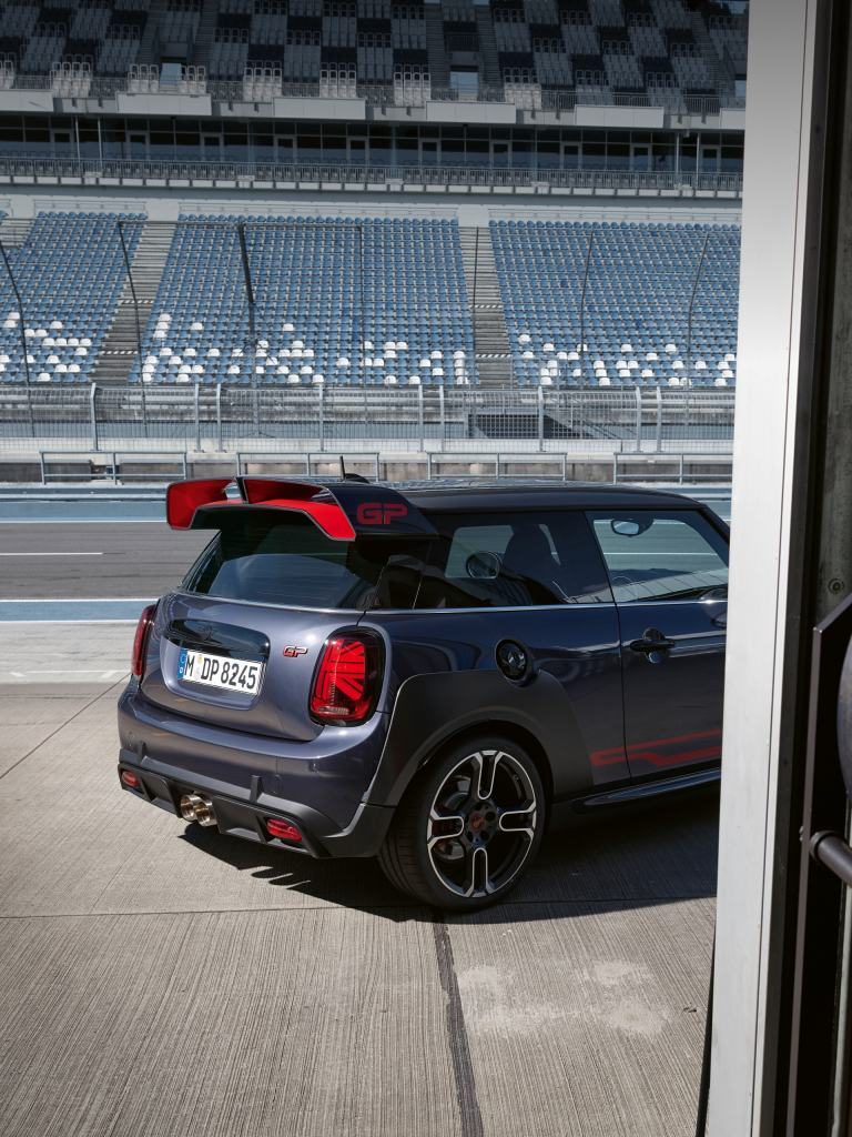 MINI John Cooper Works GP – grey and red – rear spoiler
